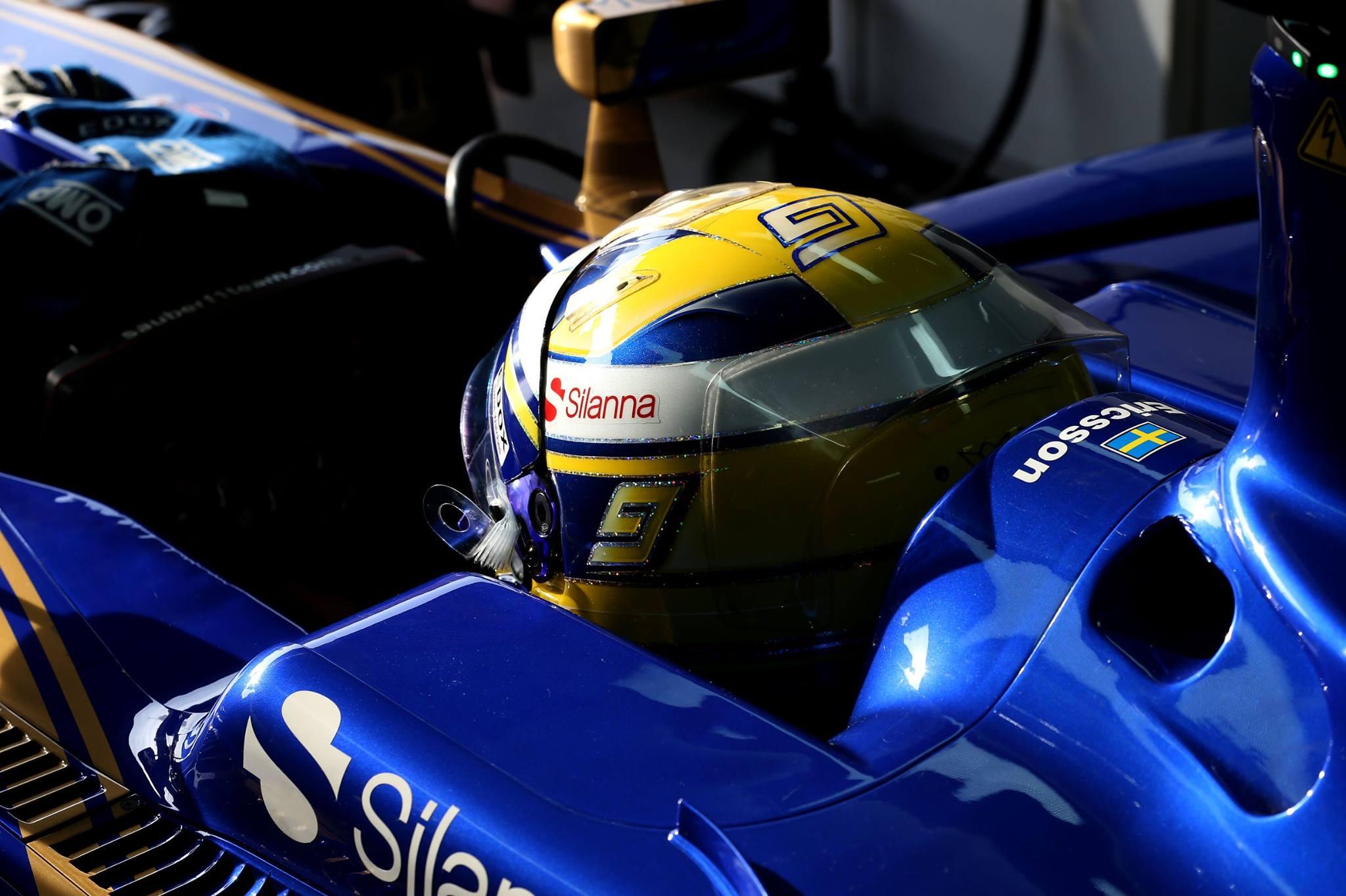 Även i år kör Marcus Ericsson i en bil klätt i blått och gult. Foto: Sauber F1 Team/Facebook